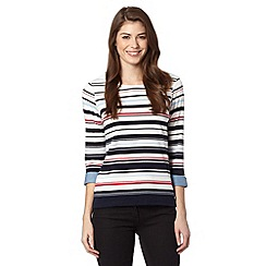 Maine New England - 3/4 sleeve multistripe trim scoop neck top