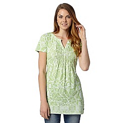 Maine New England - Bright green short sleeved floral tunic