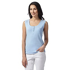 Maine New England - Light blue broderie strap vest