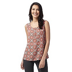 Maine New England - Dark orange mosaic print scoop top