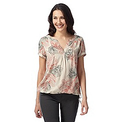 Maine New England - Natural short sleeved floral notch top