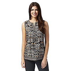 Maine New England - Black aztec geo notch top