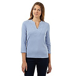 Maine New England - Light blue embroidered notch neck top