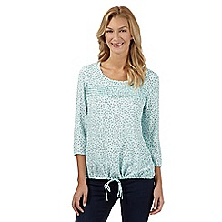 Maine New England - Light green floral scoop top