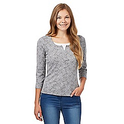 Maine New England - Grey floral mock 2-in-1 top