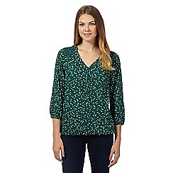 Maine New England - Dark green leaf print bubble top
