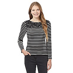 Maine New England - Black striped lace top