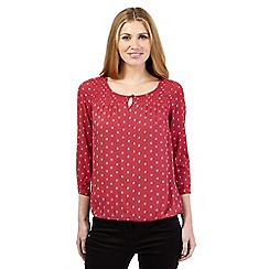 Maine New England - Dark pink outline spot top