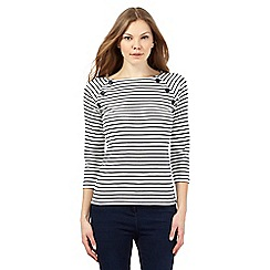 Maine New England - Navy button striped print top