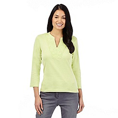 Maine New England - Lime super-soft applique notch neck top