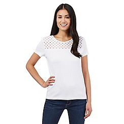 Maine New England - White broderie scoop top
