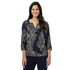 Maine New England - Navy floral 2-in-1 top