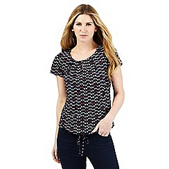 Maine New England - Navy dragonfly print scoop neck top