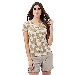 Maine New England - Taupe circle print ruffled top