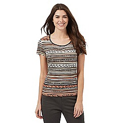 Maine New England - Beige tribal print striped top