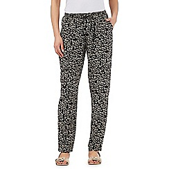 Maine New England - Black chevron print tapered trousers