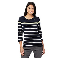 Maine New England - Navy striped scoop top