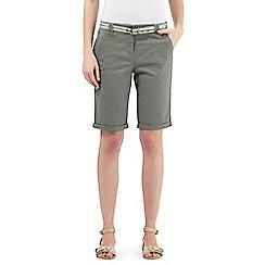 Maine New England - Khaki belted chino shorts