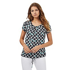 Maine New England - Navy apple print top