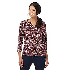Maine New England - Dark red ditsy print top