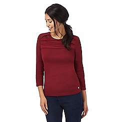 Maine New England - Dark red layered yoke top