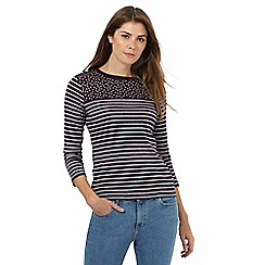 Maine New England - Purple and grey printed top