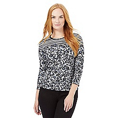 Maine New England - Grey three quarter sleeved floral print top