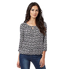 Maine New England - Navy Aztec-inspired print top