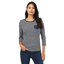 Maine New England - Navy three quater length sleeve striped top