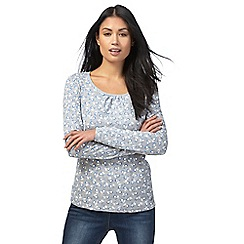 Maine New England - Grey berry print top