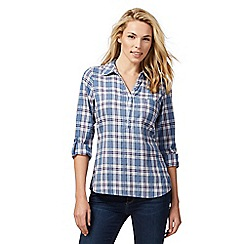Maine New England - Blue checked shirt
