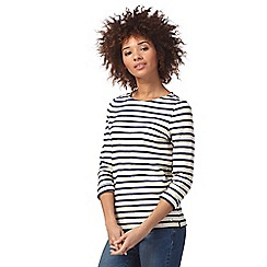 Maine New England - Cream and navy scalloped striped top