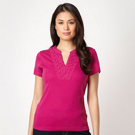 Maine New England - Bright pink applique flower t-shirt