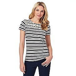 Maine New England - Black and white striped floral yoke t-shirt