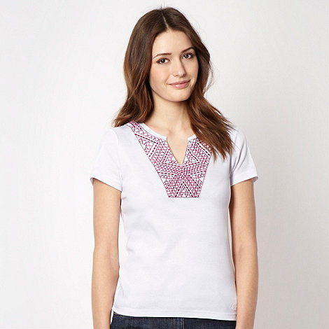 Maine New England - White embroidered top