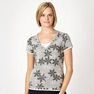 Grey dotted floral V neck t-shirt