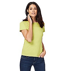 Maine New England - Green Broderie Anglaise top