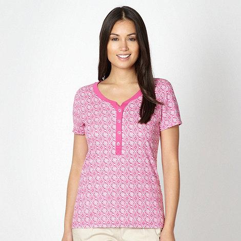 Maine New England - Pink tile printed grandad neck t-shirt