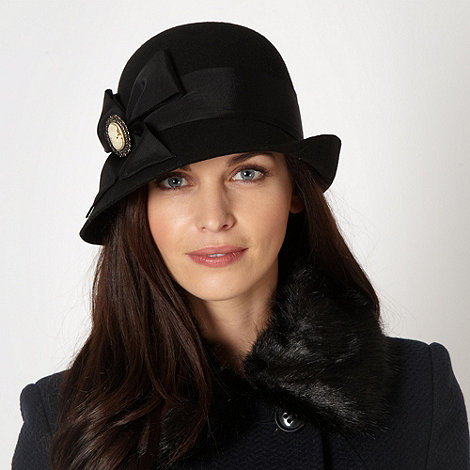 The Collection - Black wool cameo hat