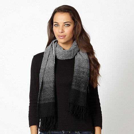 Principles by Ben de Lisi - Designer black graduated woven knit scarf