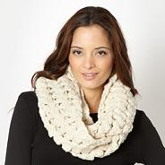 Designer natural open weave snood