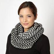Designer black zig zag knit snood