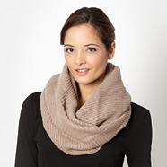 Designer fawn ribbed snood