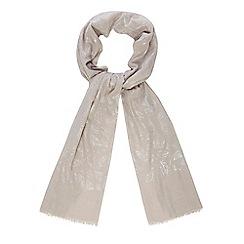 Mantaray - Grey feather print scarf