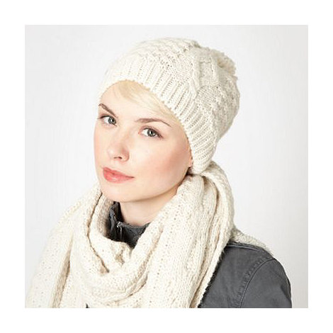 Mantaray - Cream reverse cable knit beanie hat