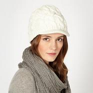 Cream basket weave knit peaked beanie hat