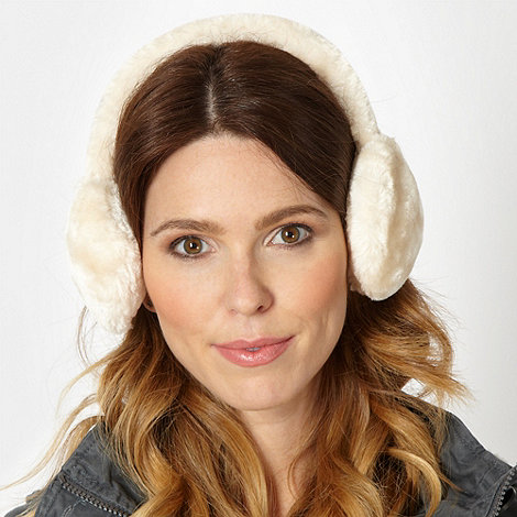 Mantaray - Cream faux fur earmuffs