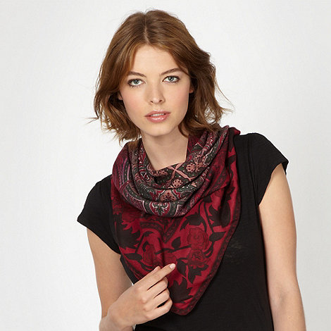 Red Herring - Dark red paisley scarf