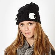 Black google eye beanie hat