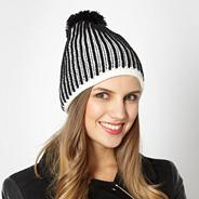 Black knitted patterned hat